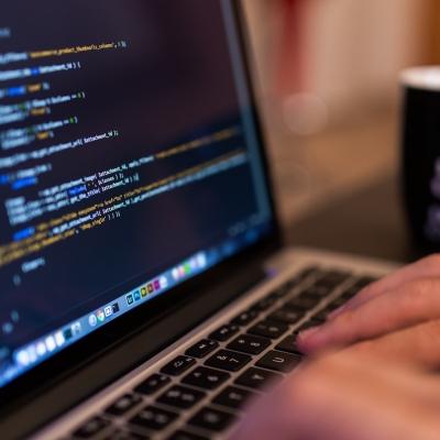 Oferta de empleo para trabajar en devtia.com